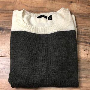 Willi Smith sz L sweater gray & cream color block